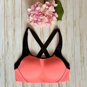Victoria's Secret VSX Sports Bra 32D Neon Peach